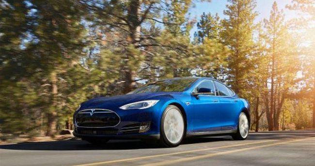 Tesla S 70D'yi duyurdu
