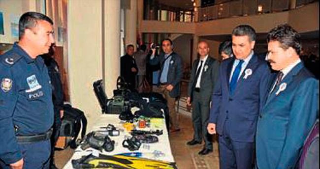 Adana polisinden yıldönümü sergisi