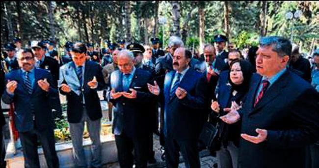 Mersin'de şehitler ve aileleri unutulmadı