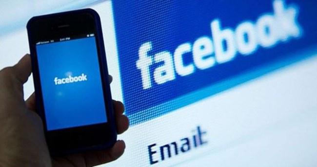 Facebook'a 25.001 kişilik dava!