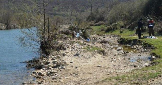Dere kenarına atılmış bebek cesedi bulundu