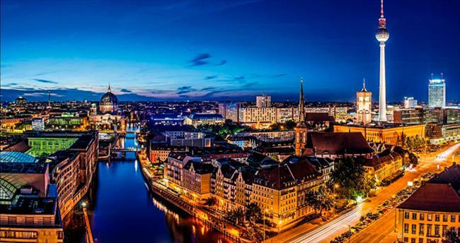Berlin, ben sana mecburum...