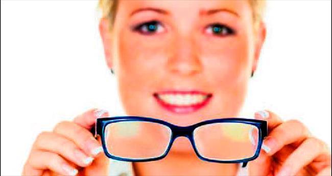 Tek seansta katarakt ve gözlükten kurtulun