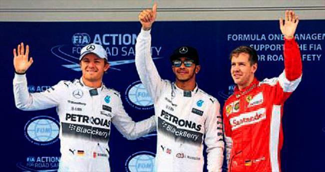 Hamilton Çin'de de ilk sırayı kaptırmadı