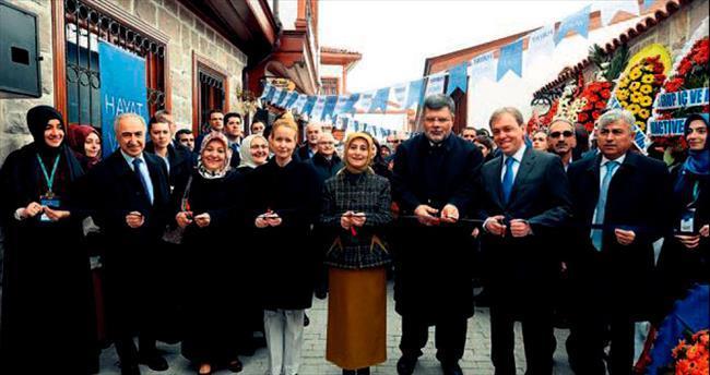 Hayat Vakfı Ankara şubesi törenle açıldı