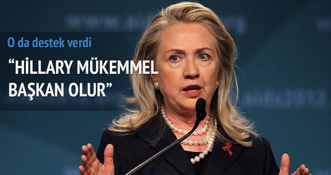 Hillary Clinton adaylığını video mesajla açıkladı