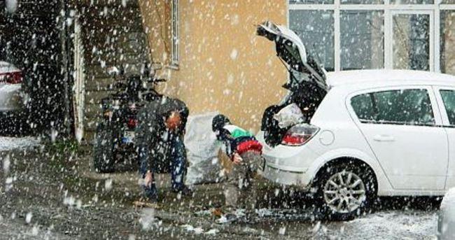 Kar yağışı elektrik kesintisine neden oldu