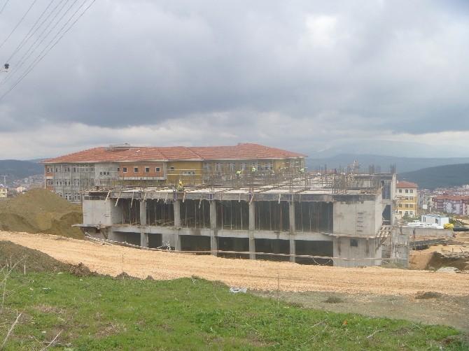 16 Derslikli Anadolu Sağlık Meslek Lisesi İnşaatı Devam Ediyor