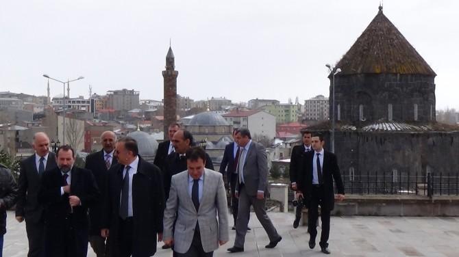 Kars'taki STK'lardan Papa'nın 'Soykırım' Açıklamasına Tepki