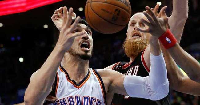 Pelicans ve Thunder mücadeleyi bırakmadı