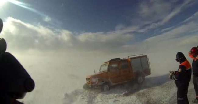 Doğu'da kar yağışı devam ediyor