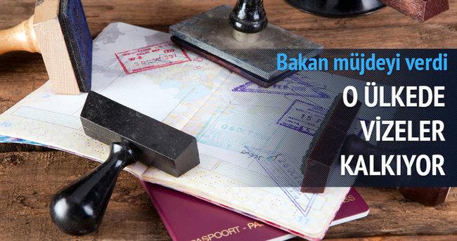 Bakan müjdeyi verdi: O ülkeye vizeler kalkıyor