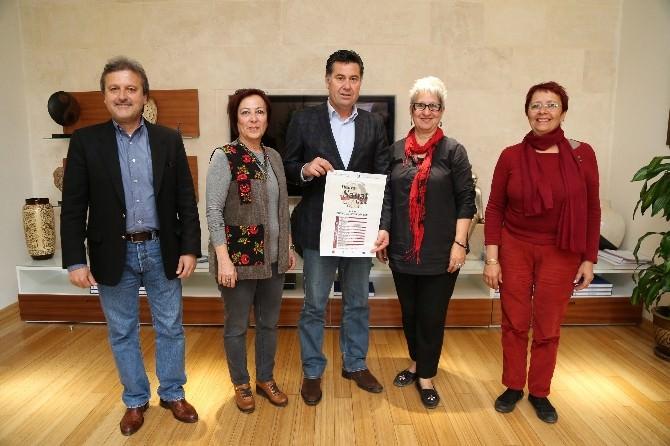 """Bodrum'da """"Dünya Sanat Günü"""" Etkinliği"""