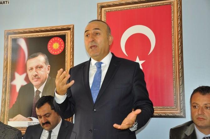 Dışişleri Bakanı Çavuşoğlu'dan Kadın Üzerinden Siyaset Çıkışı:
