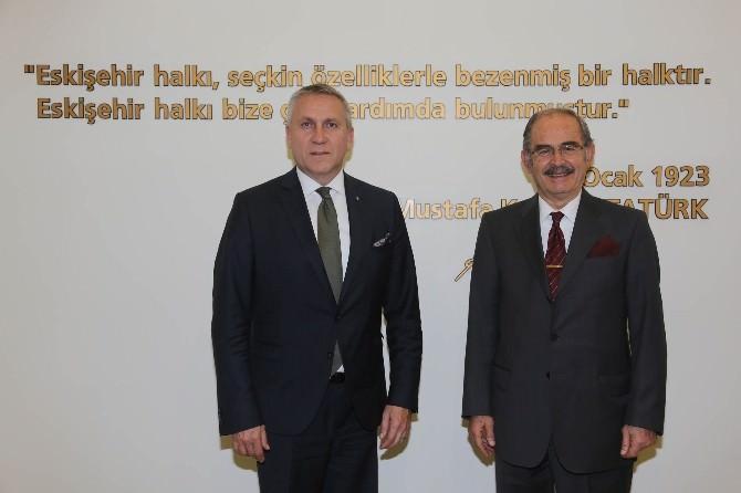 Macaristan'ın Ankara Büyükelçisi Kıss, Başkan Büyükerşen'e Ziyaret Etti