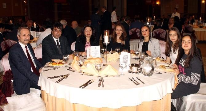 MHP'de Birlik Ve Beraberlik Yemeği
