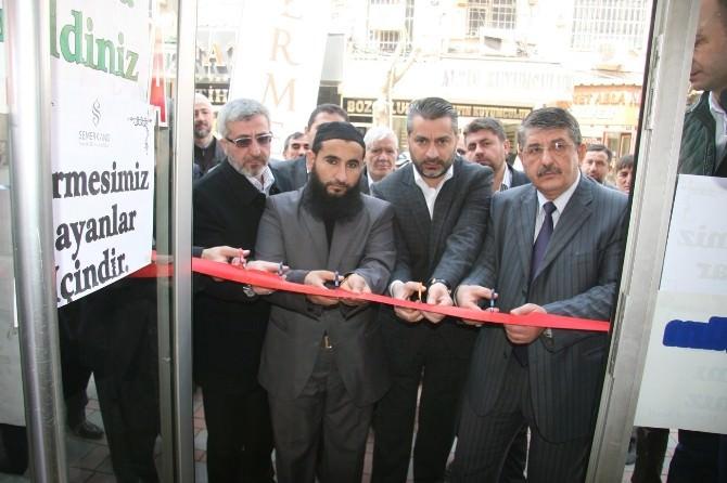 Semerkand Vakfı Afyonkarahisar'da Kermes Açtı