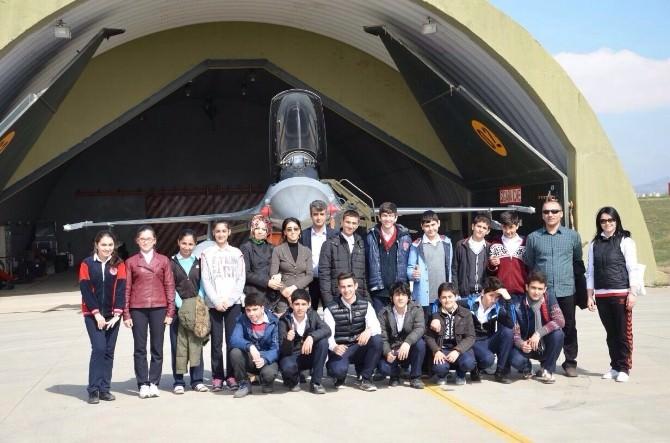 Ortaokul Öğrencileri F16 Uçaklarıyla Tanıştı
