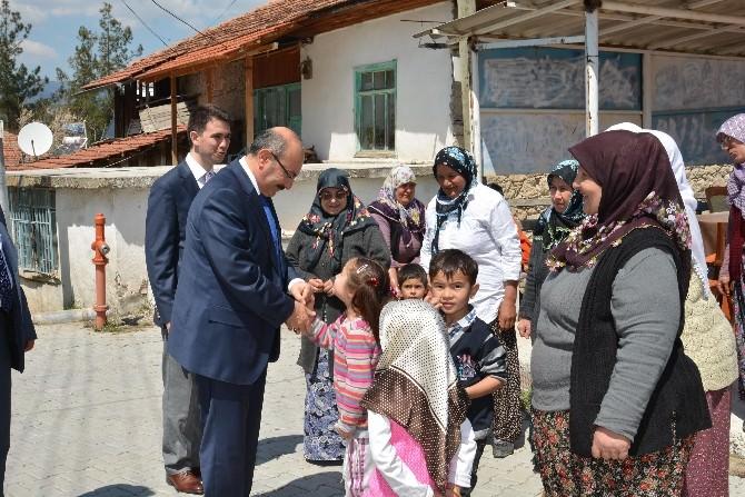Vali Kürklü, Evciler Ve Asmalı Köylerini Ziyaret Etti