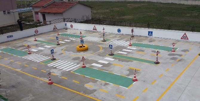 Trafik Eğitimi 'Çocuk Trafik Eğitim Pisti'