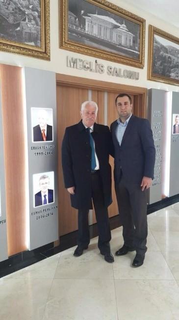 Eski Başkan Yenilmez'den Körfez Belediyesi'ne Ziyaret