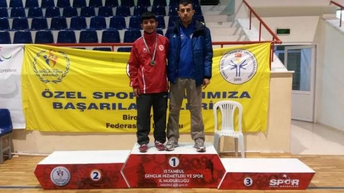Utku Caberoğlu, Masa Tenisinde Türkiye Şampiyonu