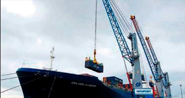 Aliağa limanlarının yük hacmi artıyor