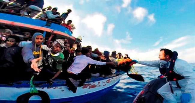 400 göçmeni Akdeniz yuttu