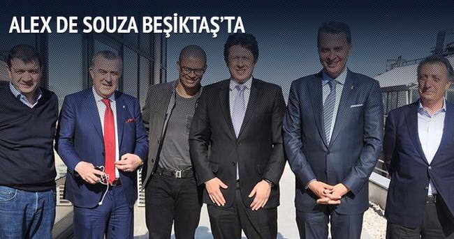 Beşiktaş Alex de Souza'yı ağırladı