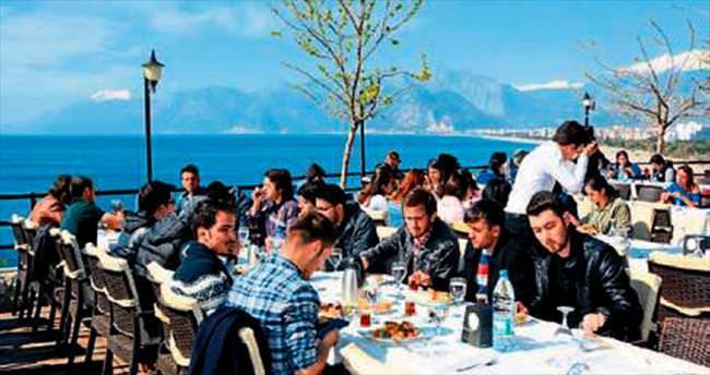 Antalya Emniyeti ile öğrenciler elele