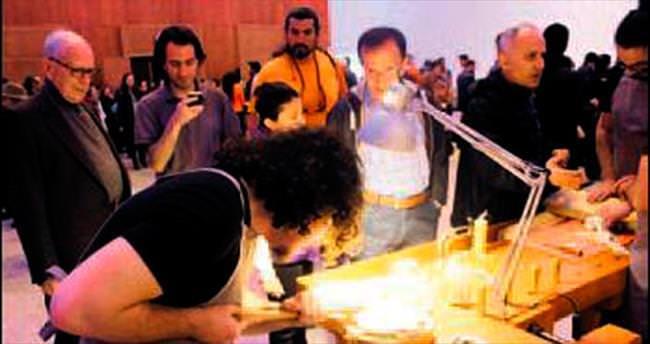 Zonguldak'tan gelip çalgı sergisi açtılar