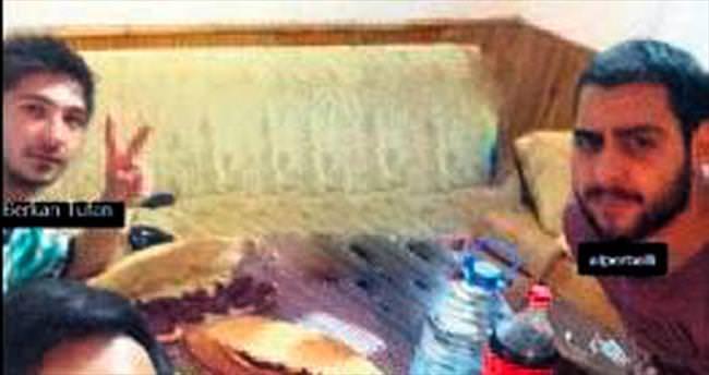 TIR'a çarpan araçta 3 üniversiteli öldü