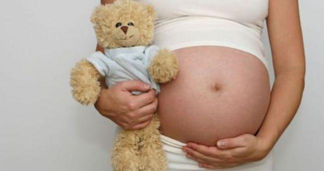 Çocuk yaşta anne olanların sayısı düşüyor
