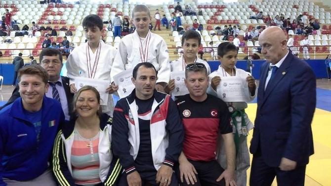 Yalovalı Küçük Judocu Türkiye Üçüncüsü Oldu