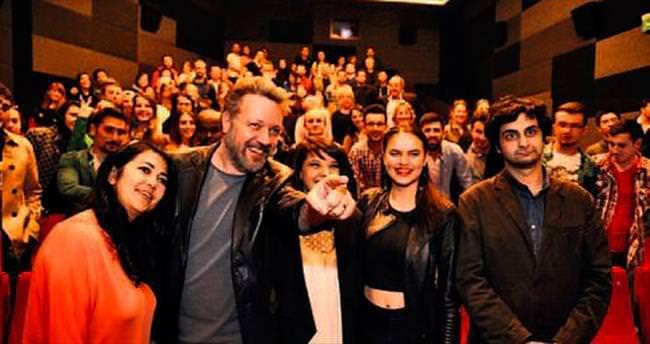 'Aşk Olsun' ekibi Bursa'da