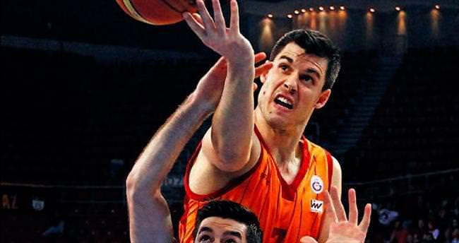 Galatasaray yaka silkti