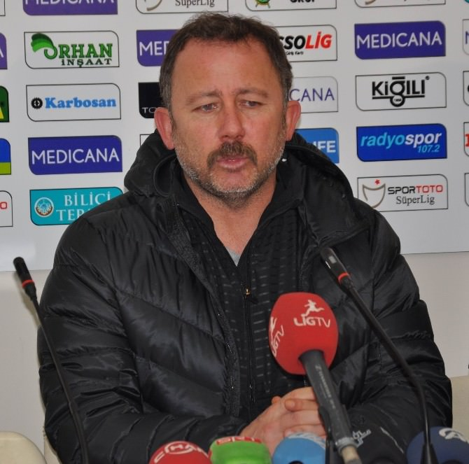 Medicana Sivasspor Evinde Balıkesirspor'a Takıldı