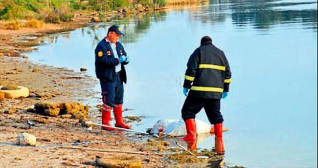 Balıkçılar ırmakta erkek cesedi buldu