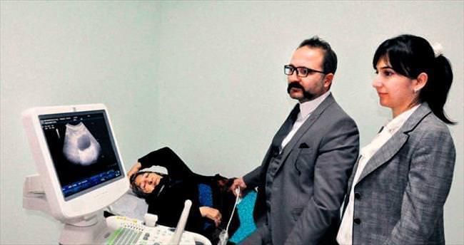Konya'da doktorlardan anestezisiz ameliyat...