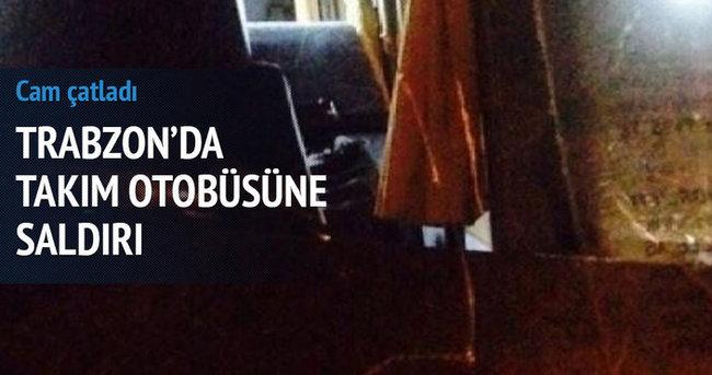 Trabzon'da Çaykur Rizespor otobüsüne saldırı!