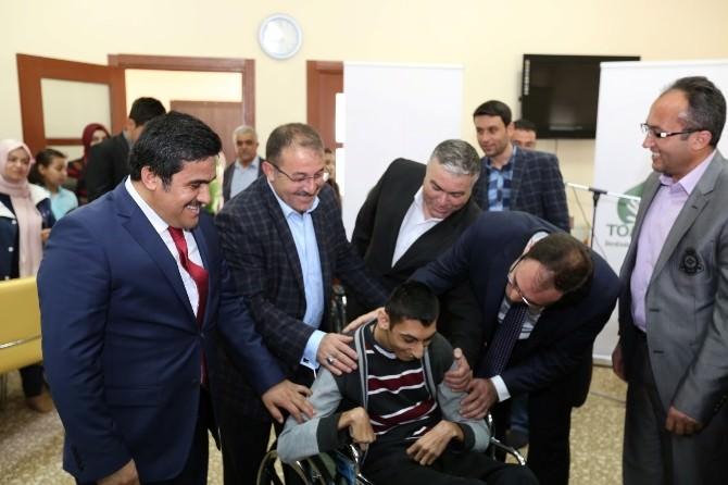 Afşin'de 5 Engelliye Tekerlekli Sandalye