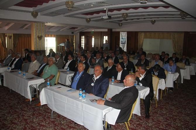 Tuşba Belediyesi 'Muhtarlar İstişare' Toplantısını Antalya'da Yaptı