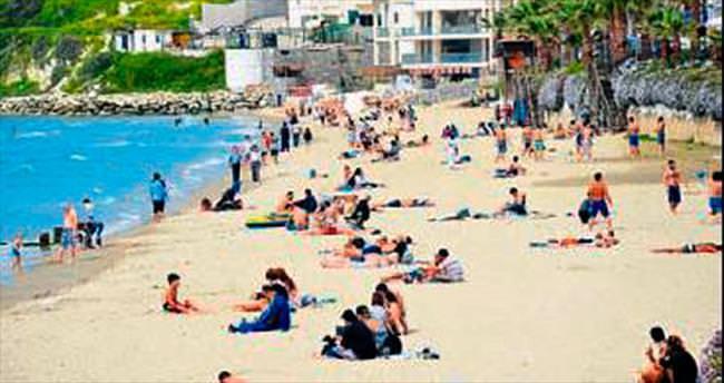 Ada'da deniz sezonu açıldı