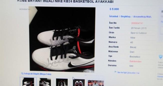 Ayakkabısı 5 bin dolar'a satılacak!