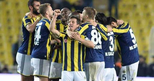 Fenerbahçe zirveye son dakikalarda tutundu