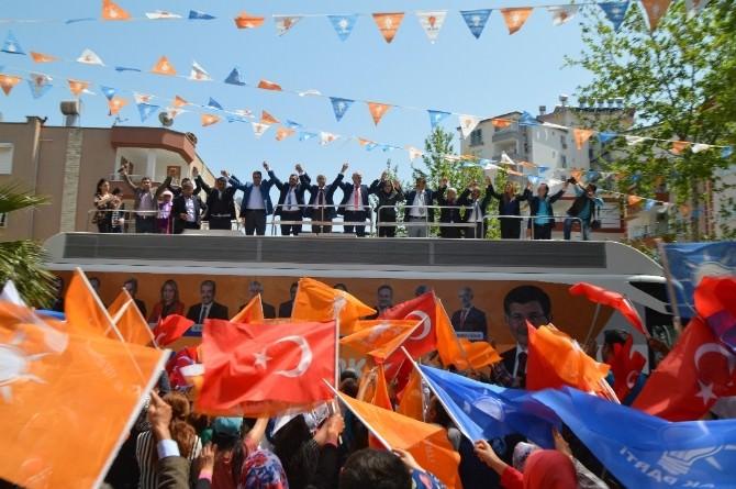 AK Parti Mersin Milletvekili Adayları İlçelerde Tanıtılıyor