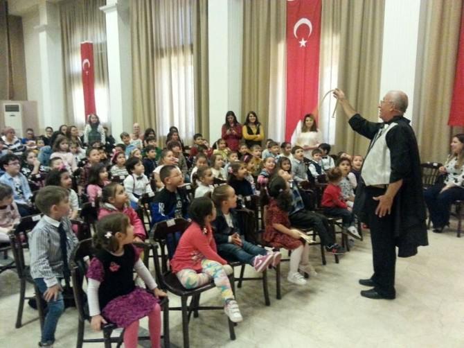 Ayvalık Bağımsız Anaokulu'nda 23 Nisan Coşkusu