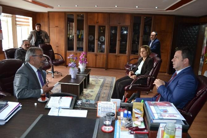 Belediye Başkanı Özacar'dan Taziye Ziyareti