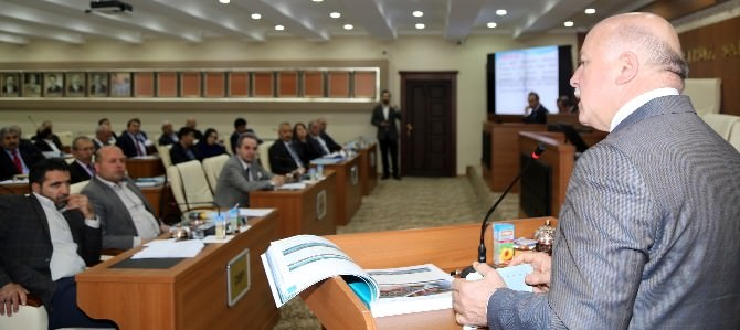 Başkan Sekmen, Erzurum'da, 2014 Yılında Bir Kalkınma Hamlesi Başlattık