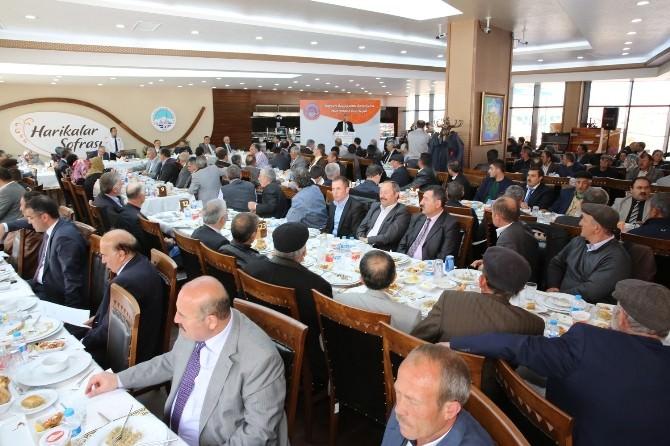 Başkan Çelik, Pınarbaşı Muhtarlarıyla Buluştu
